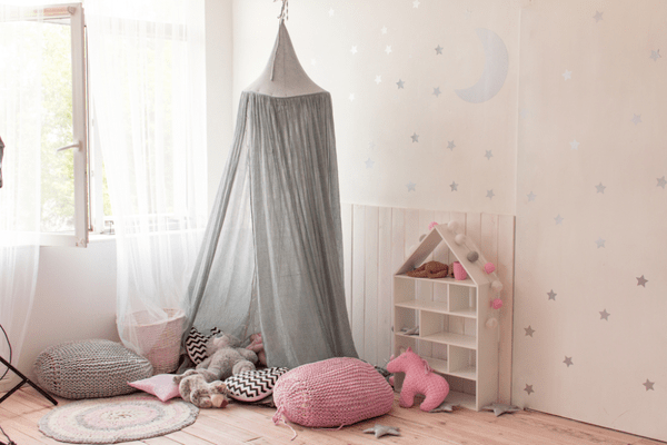 ciel de lit b b enfant guide d 39 achat pour fille et. Black Bedroom Furniture Sets. Home Design Ideas