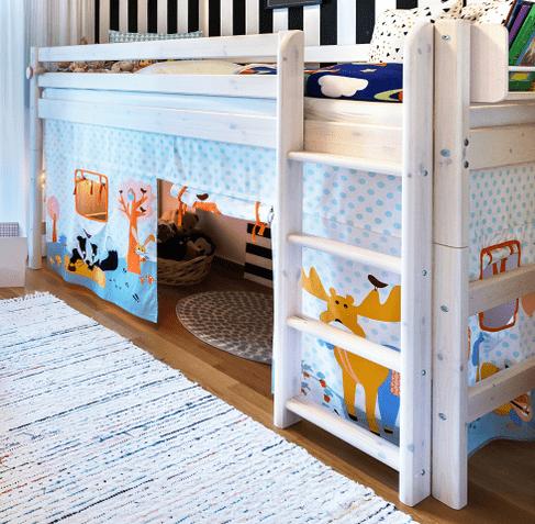 rideau de lit pour enfant fille et gar on rideau pour. Black Bedroom Furniture Sets. Home Design Ideas