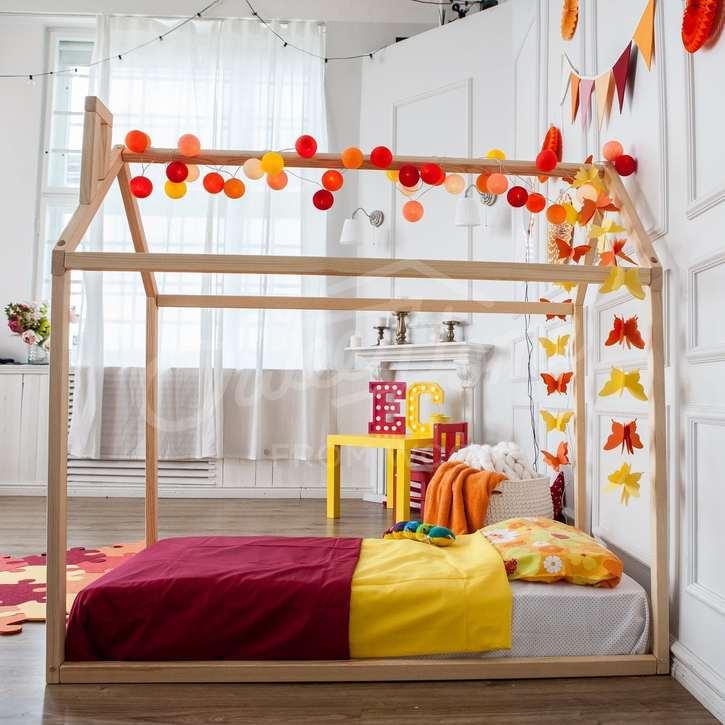 lit montessori b b avec cabane et sans sommier de sweet home for wood litcabane. Black Bedroom Furniture Sets. Home Design Ideas