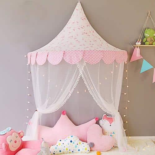 ciel de lit mural pour les filles